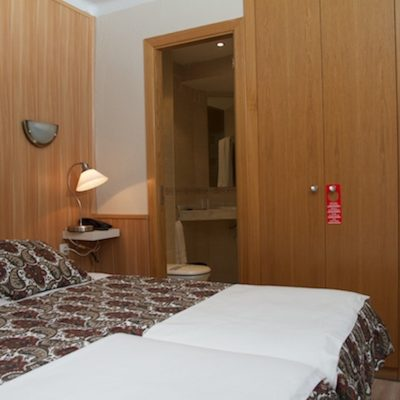 Comapedrosa Room
