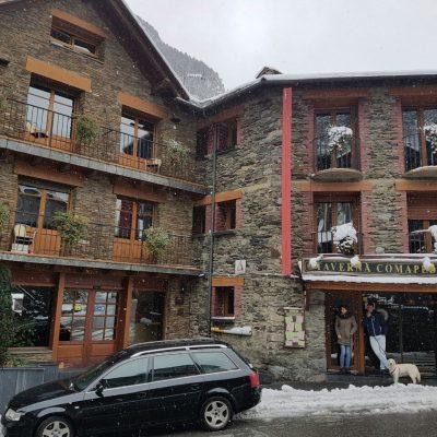 Fachada Hotel Comapedrosa